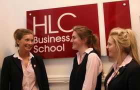 哈罗盖特女子学院 Harrogate Ladies College