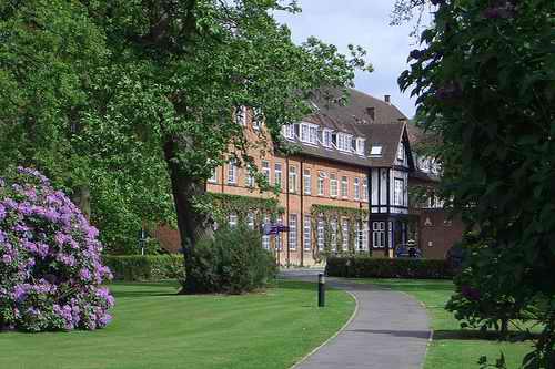 昆斯伍德女子中学 Queenswood School