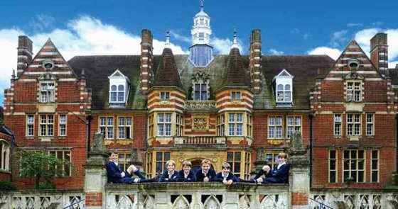 圣约翰博蒙特学校 St John Beaumont School - 英国学校