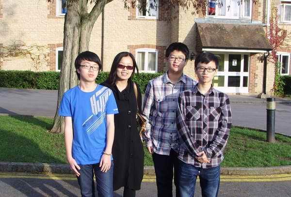 Robin, Owen 和 Lin Haowei