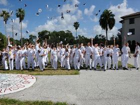 法拉古特舰队上将学校 Admiral Farragut Academy