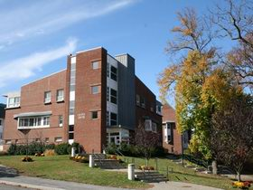 拉塞尔大学 Lasell College