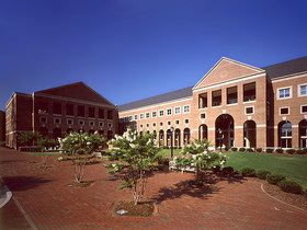 北卡罗来纳大学教堂山分校 University of North Carolina at Chapel Hill