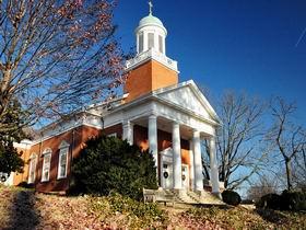 弗吉尼亚大学 University of Virginia