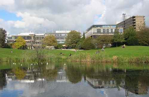 巴斯大学 University of Bath
