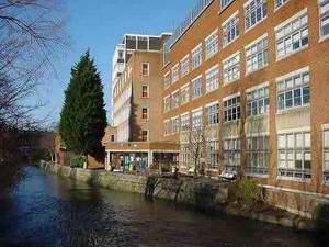 伦敦金斯顿大学 Kingston University London