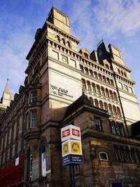 利物浦约翰莫尔斯大学 Liverpool John Moores University