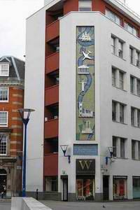 伦敦政治经济学院 LSE